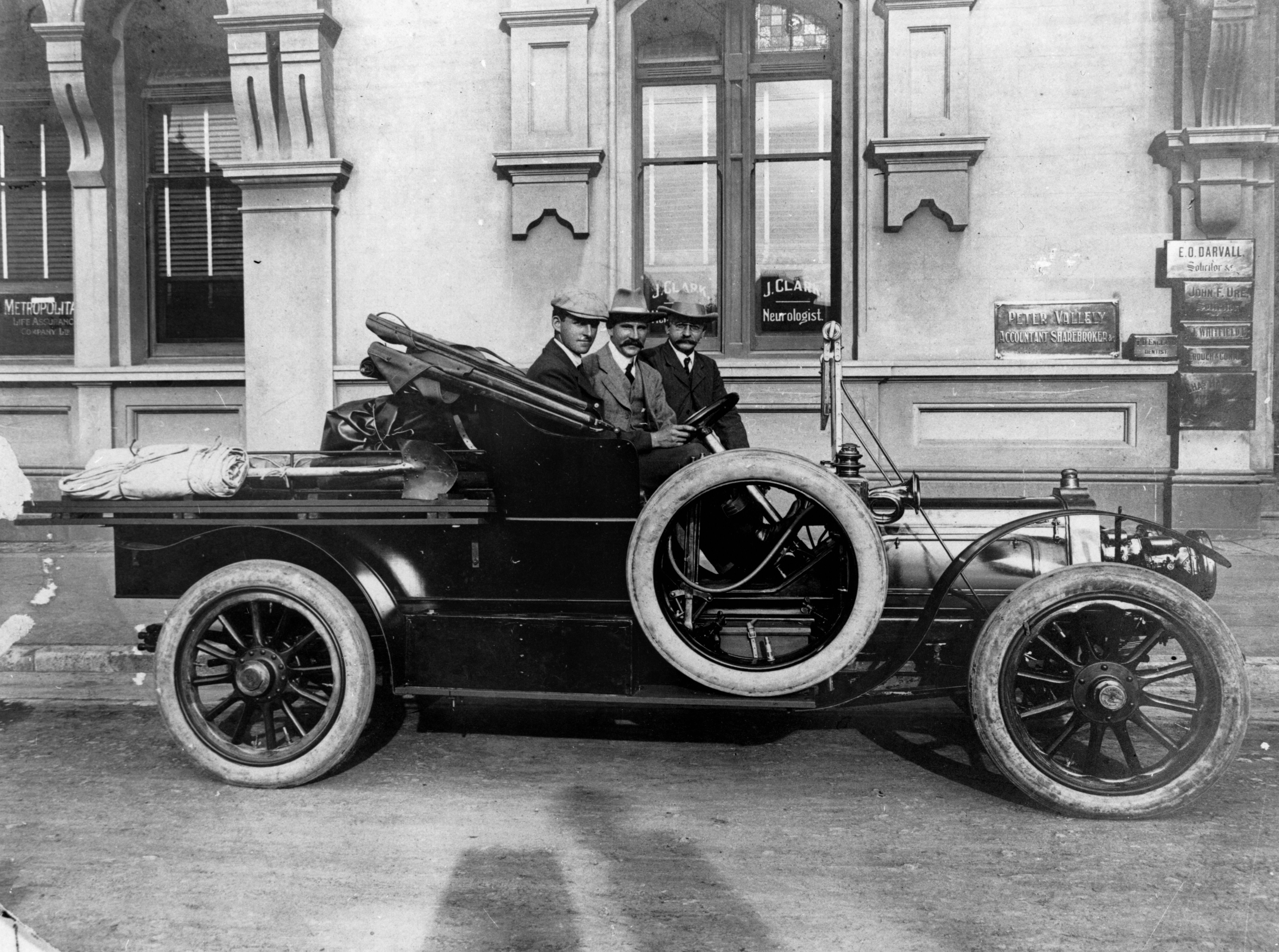 Picture of historical photograph - Talbot roadster Utility parked in front of the Metropolitan Buildings ca 1911