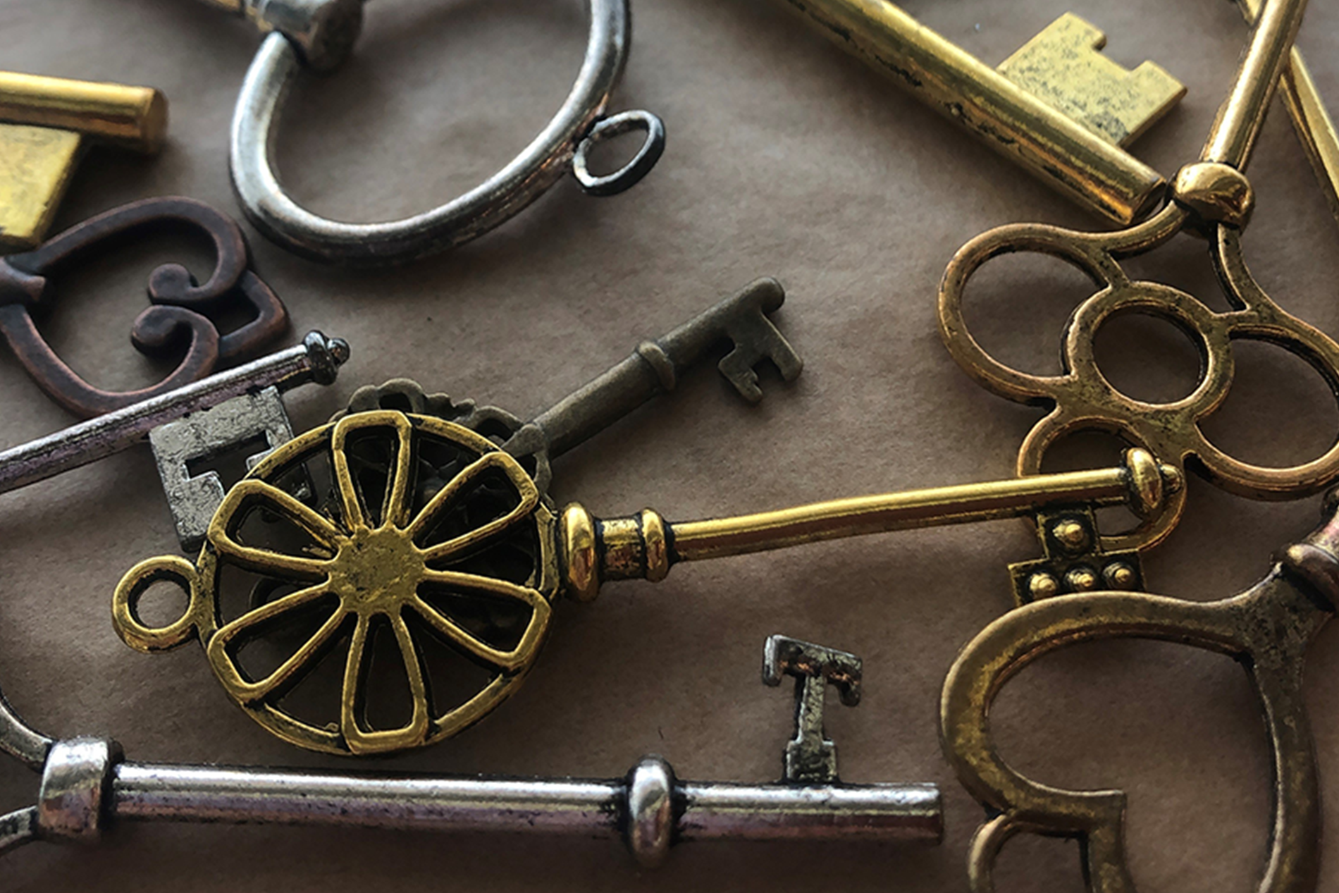 Keys of different shapes and sizes