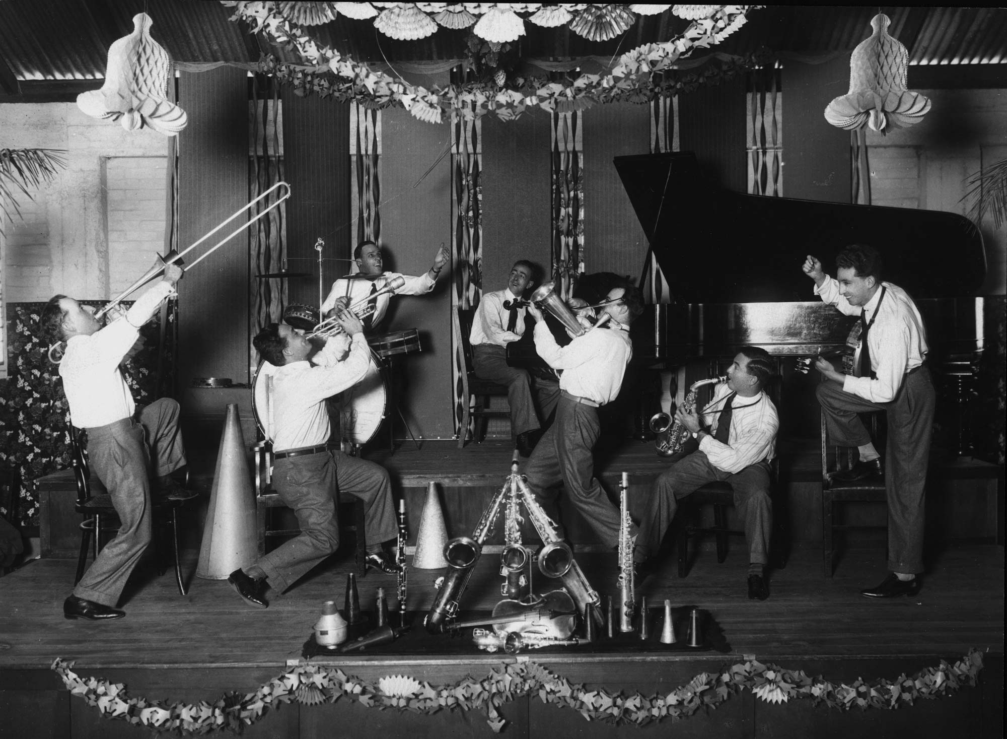 Crystal Palace Orchestra playing in Brisbane ca 1929