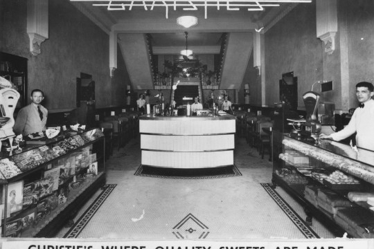 Christies Cafe Brisbane ca 1938