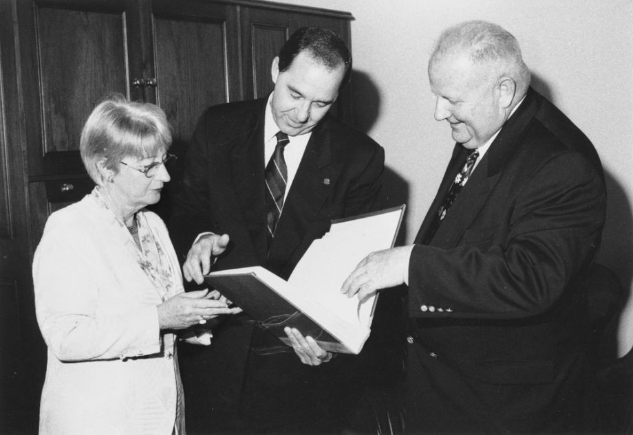 Mr Pat Corrigan AM presenting Lindsay family letters and correspondence to the State Library of Queensland Queensland Club 7 October 1997 Premier of Queensland Rob Borbidge and Deputy Premier Joan Sheldon accepted the gift which was one of the largest donations presented to an Australian library by an individual at the time