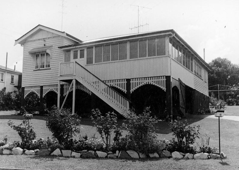 BW picture of a house - 6169-0270-0001 -6 Bennett Street GympieJPG