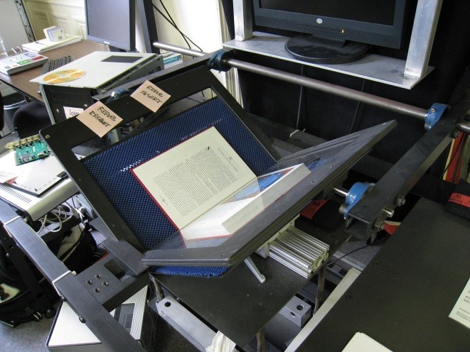Digitising published book using a Kirtas scanner