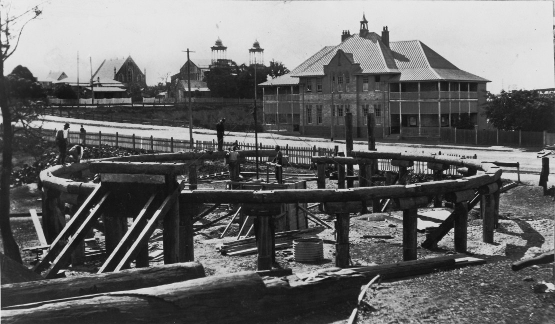 Construction of a railway turntable in Main Street Woolloongabba Brisbane 1921