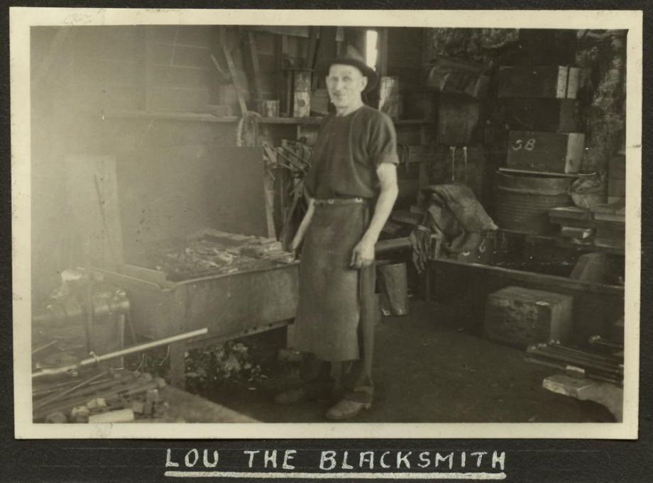 Lou the blacksmith on the Story Bridge construction team ca 1939