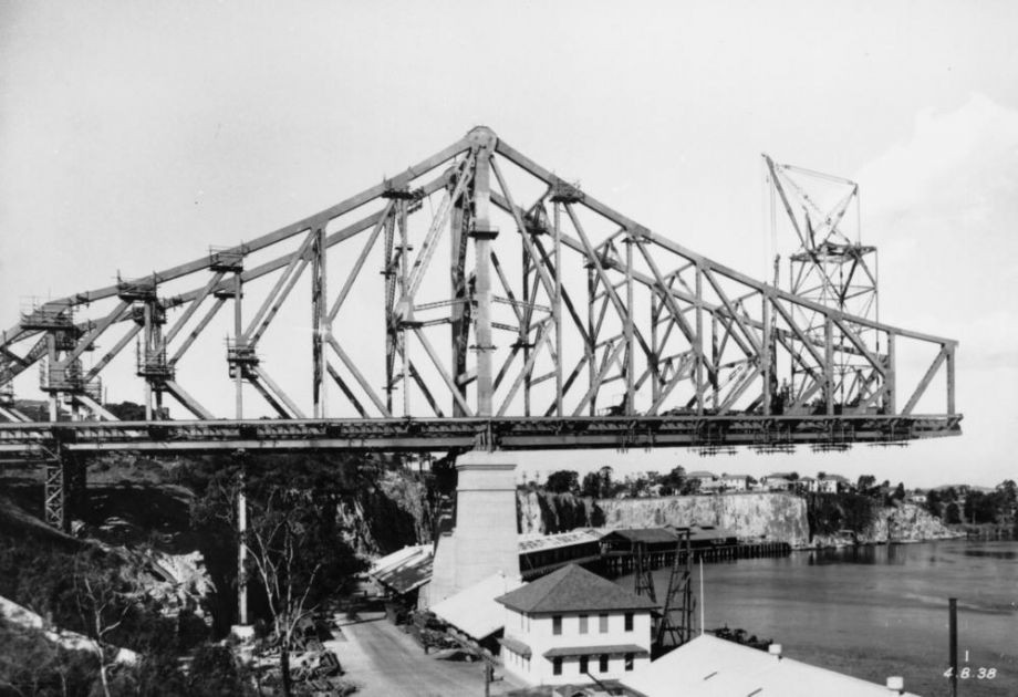 Story Bridge in the fourth stage of construction Brisbane 1938