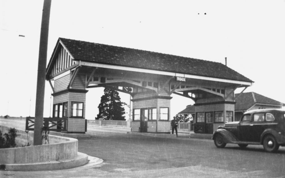 Tollgate at the Kangaroo Point end of the Story Bridge Brisbane 19401950