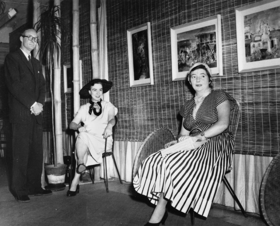 Brian and Marjorie Johnstone with Margaret Olley at The Johnstone Gallery in the basement of the Brisbane Arcade