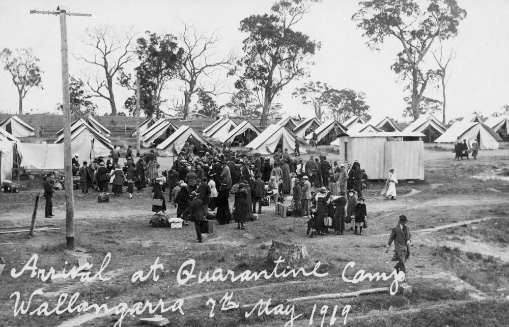 Arrival at Quarantine Camp Wallangarra 1919  Photographer unknown  John Oxley Library SLQ  Negative no 188018