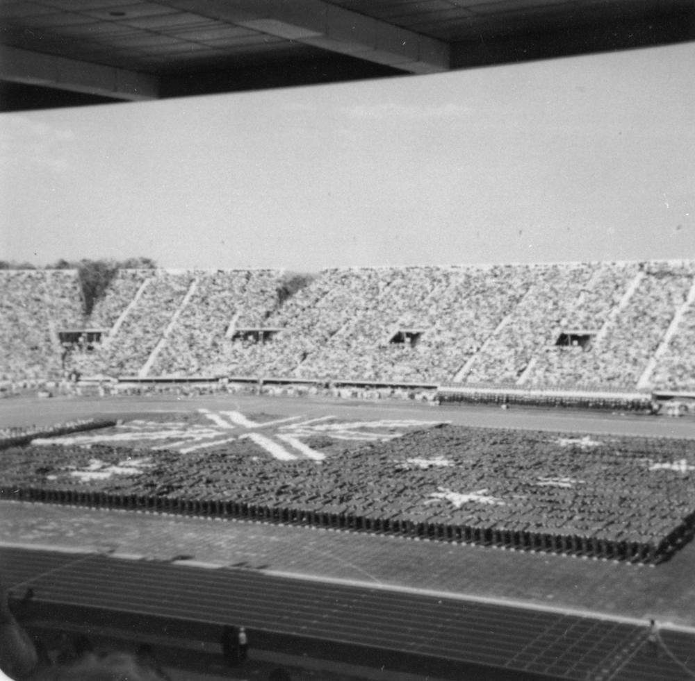 People forming the Australian flag at QEII Stadium for the Brisbane Commonwealth Games 1982 State Library of Queensland
