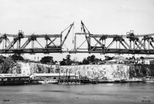 Construction of Story Bridge Brisbane 1939