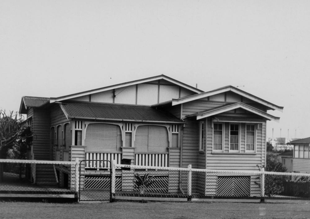 Multigabled Queenslander in Brisbane 1970